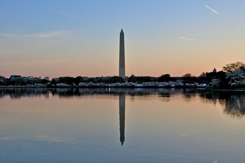 Dawn  and the Washington Monument