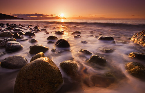 light sunset beach contrast rocks magenta foam lovely pure artic lowsun top20longexposure watermotion lowandwide canoneos5dmarkll johnnymyrenghenriksen