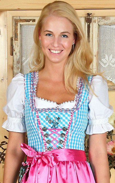 Fee aqua pink dirndl midi flickr photo sharing for Dirndl fa r mollige