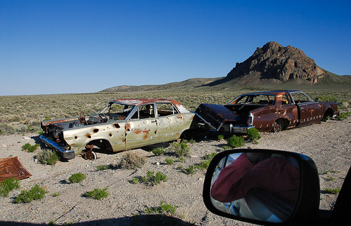 mountain cars abandoned landscape utah desert vehicles elbow 900 fromcar bulletholes lightroom vandalized tecoma lucin drivebyshooters ut2009may