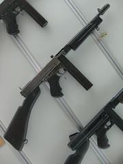 assault rifle, trigger, weapon, rifle, sports equipment, machine gun, firearm, gun, gun barrel,
