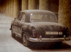 model car(0.0), gaz-21(0.0), hindustan ambassador(0.0), automobile(1.0), vehicle(1.0), mercedes-benz w120(1.0), mid-size car(1.0), compact car(1.0), antique car(1.0), sedan(1.0), classic car(1.0), vintage car(1.0), land vehicle(1.0), luxury vehicle(1.0),