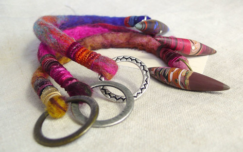 3 Bracelets cordon de feutre fermoir Fimo