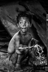 Smoky Mountain, Tondo - Charcoal Child
