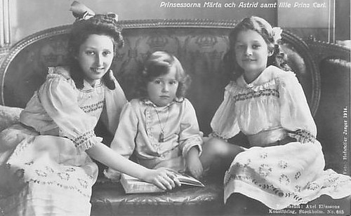 King Leopold III (1901-1983), Queen Astrid (1905-1935) and Princess Lilian (1916-2002) - Page 2 4545603821_5b4320efe4