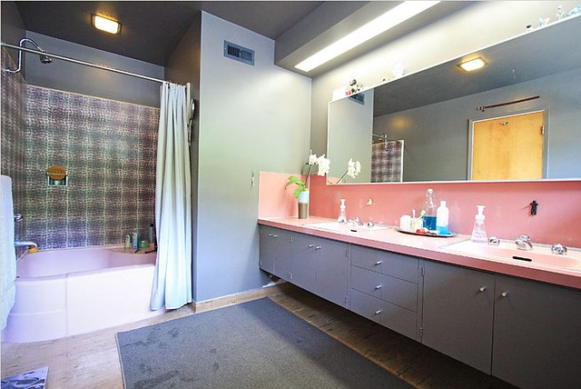 1953-midcentury-bathroom-pink-gray | Flickr - Photo Sharing!