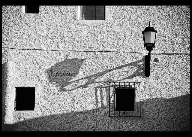 a la sombra de tu sombra