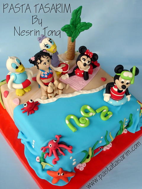 DISNEY CHARACTERS IN BEACH BIRTHDAY PARTY CAKE  Flickr - Photo ...