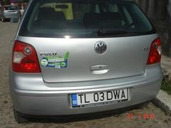 automobile(1.0), automotive exterior(1.0), wheel(1.0), volkswagen(1.0), vehicle(1.0), city car(1.0), compact car(1.0), bumper(1.0), volkswagen polo(1.0), land vehicle(1.0), vehicle registration plate(1.0), hatchback(1.0),