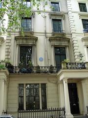 Photo of Susan Lawrence blue plaque