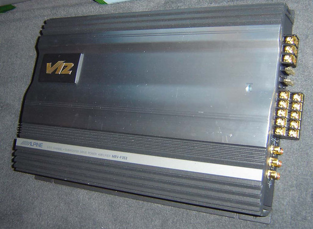 Alpine 5 channel amp v12