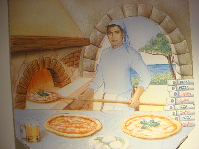 George Clooney pizza b...
