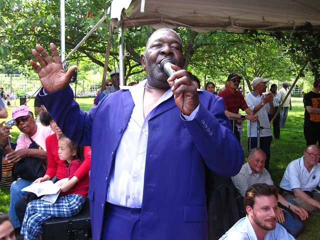 Sweet Joe of The Persuasions mingles and sings with the crowd at Bee-Day. Photo by Rebecca Bullene.