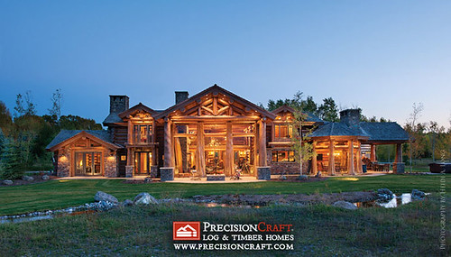 Handcrafted Log Home Exterior
