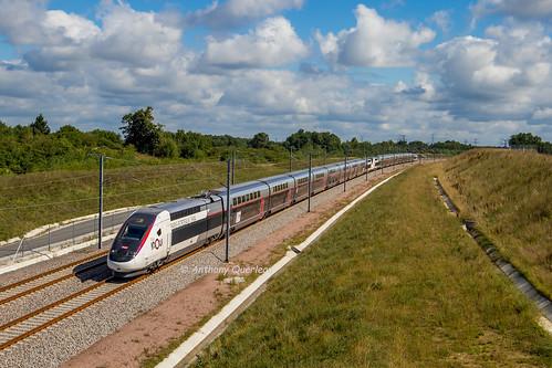 02 juillet 2017 TGV D 863-860 Train 8503 Paris -> Toulouse Aubie-et-Espessas (33)