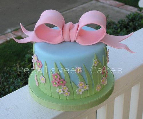 Grass and Bow Cake by Petalsweet Cakes