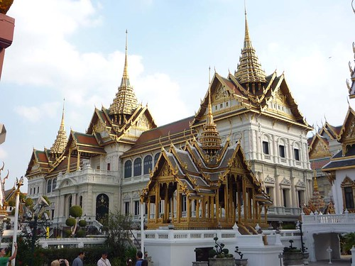 BANGKOK, THAILAND - The Grand Palace - Chakri Maha Prasat hall/ БАНГКОК, ТАИЛАНД - Большой Королевский Дворец, Чакри Маха Прасат
