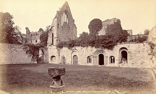 G.W. Wilson & Co - Dryburgh Abbey from the Cloister Court, ca 1870