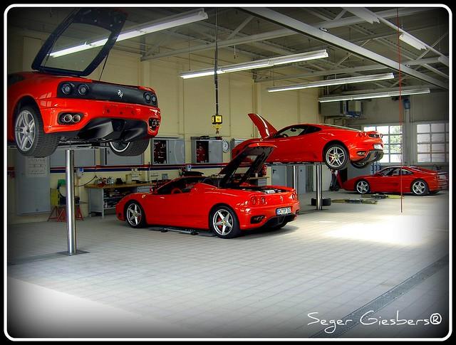 cool garages a gallery on flickr. Black Bedroom Furniture Sets. Home Design Ideas