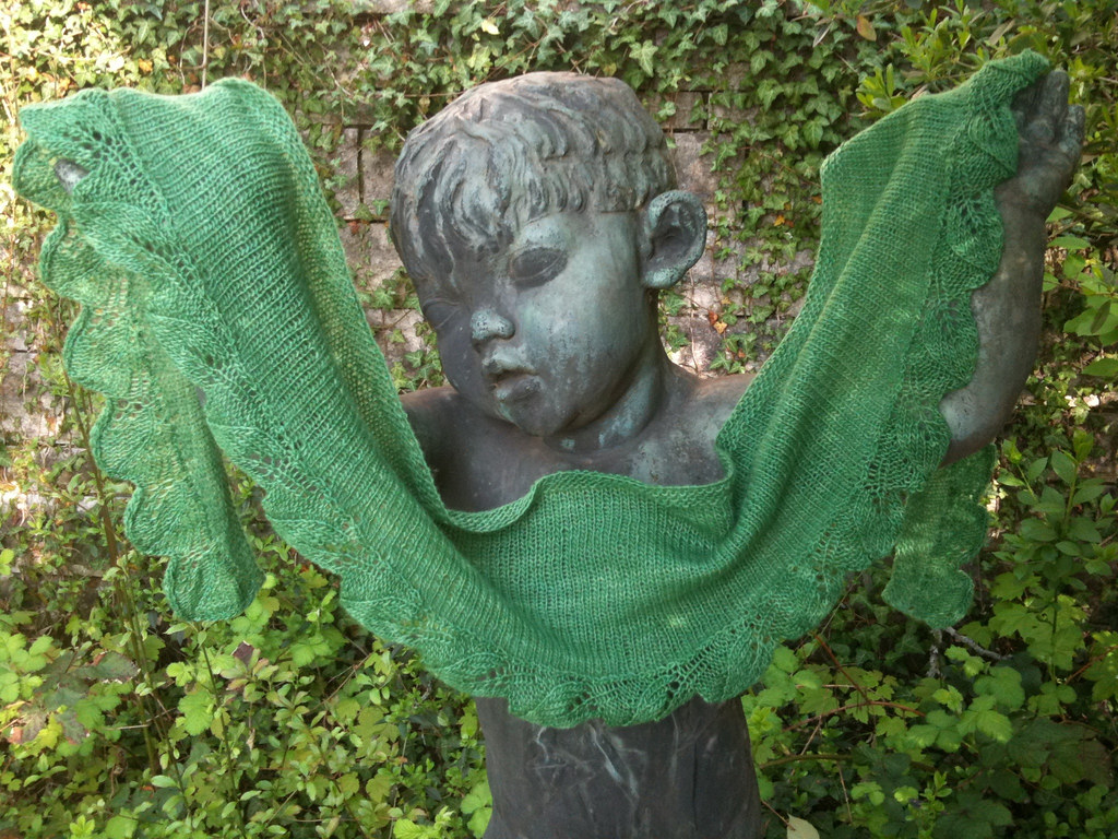 spring shawlette on a statue