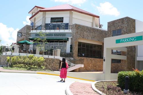 Starbucks @ Summit Ridge Tagaytay
