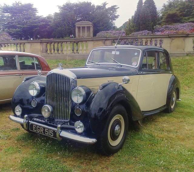 Bentley 2010: 4692099191_c0635c8fe2_z.jpg