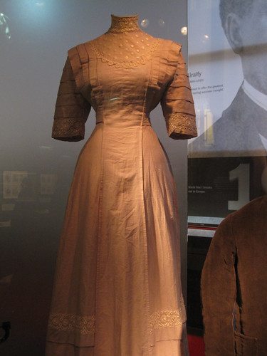 Museum of London: 1910 Wedding Dress