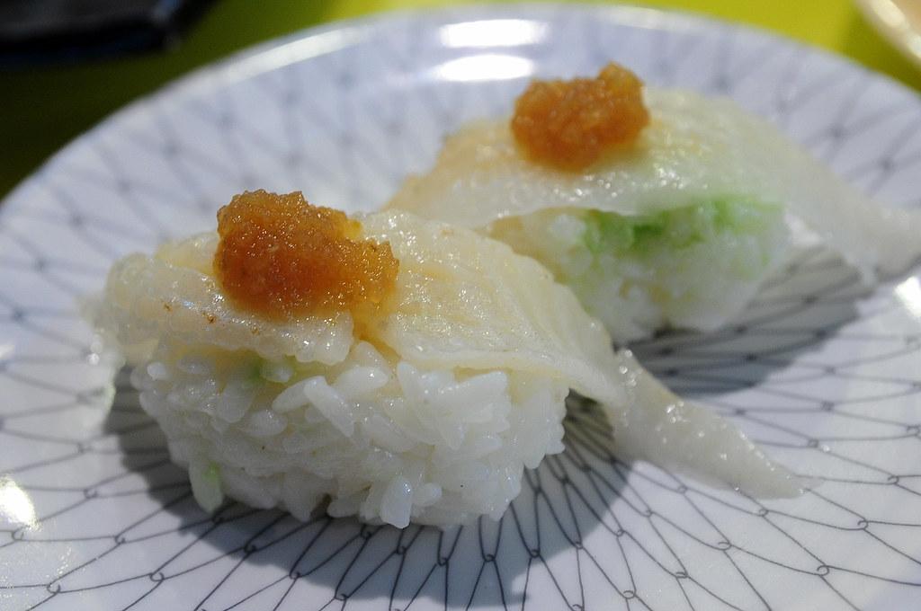 小高玉-比目魚