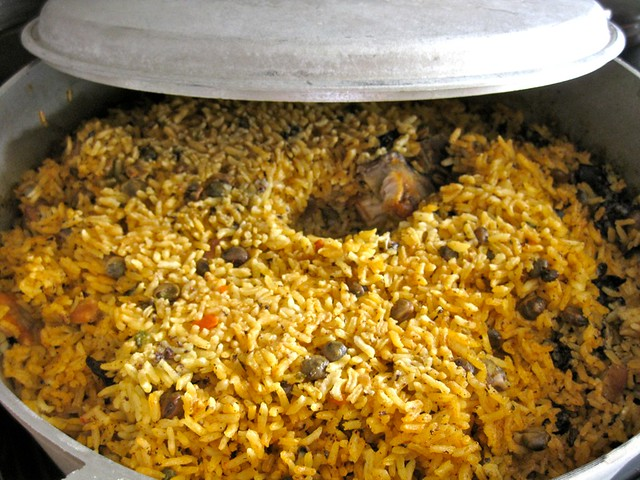 Arroz con gandules - yellow-rice and pigeon peas with olives, capers ...