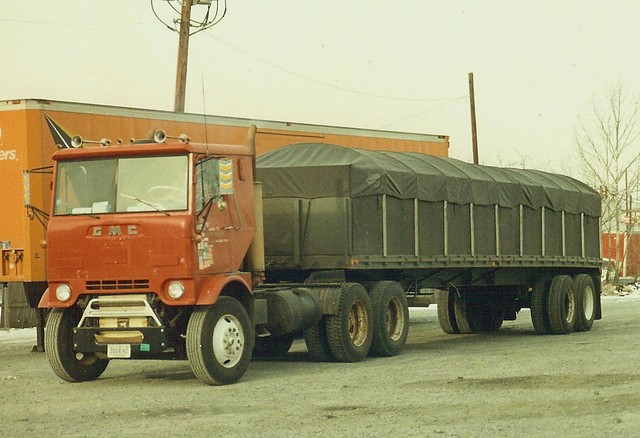 Tag axle & U-Pusher trucks - a gallery on Flickr