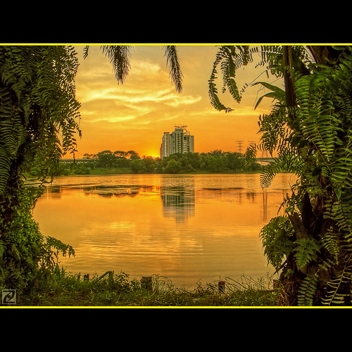 sunset lake digital golden fujifilm hdr blending subangjaya v4 sadstory photomatix 5frames mesiniaga s100fs bestofmywinners subangria