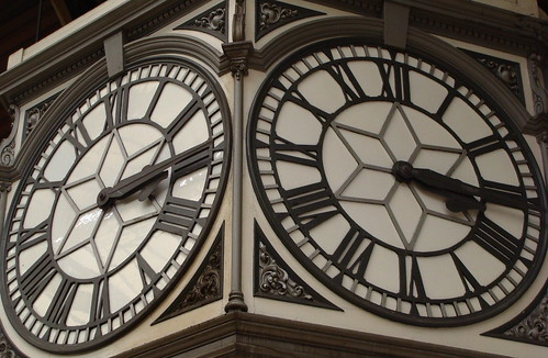 Paddington Station Clock - Flickr CC nicksarebi