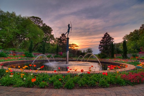 sunset sculpture art sc water fountain gardens landscape tripod southcarolina hdr gitzo murrellsinlet brookgreengardens photomatix 5exposure arcatech tokinaatx116prodx gt2531