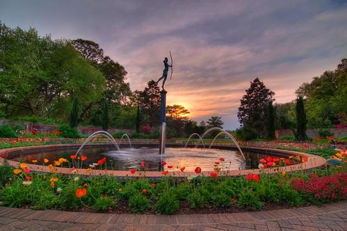 sunset sculpture art sc water fountain gardens landscape tripod southcarolina hdr gitzo murrellsinlet brookgreengardens photomatix 5exposure arcatech tokinaatx116prodx gt2531