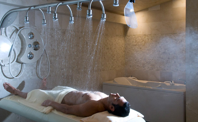Spa sibo wet room explore stayincostarica 39 s photos on for What s a wet room