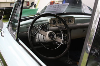 1959 Sunbeam Rapier interior