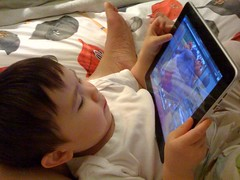 watching sid the science kid on the ipad