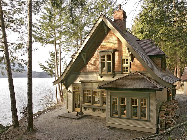 4701293551 b2cf95543e for Waterfront cottage designs