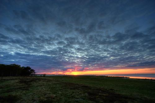 blue sunset red sky orange seascape green beach water yellow night catchycolors skåne cloudy sweden hdr öresund öresundsbron canonefs1022mmf3545usm ljunghusen photomatix