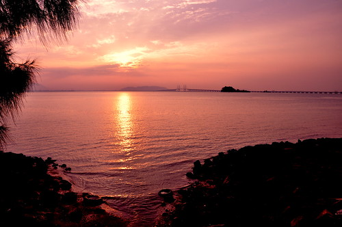 Sunrise in Penang 槟城的日出 ...