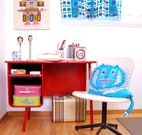 kids red vintage desk