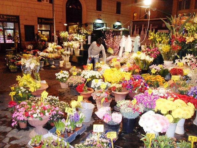 Фото рим площадь цветов