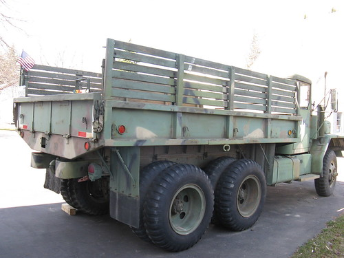 04-01-10 1971 Army Jeep Flatbed