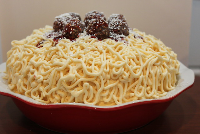 Spaghetti cake | Flickr - Photo Sharing!