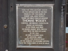 Photo of Robert Wolsey, Thomas Wolsey, and Joan Wolsey black plaque