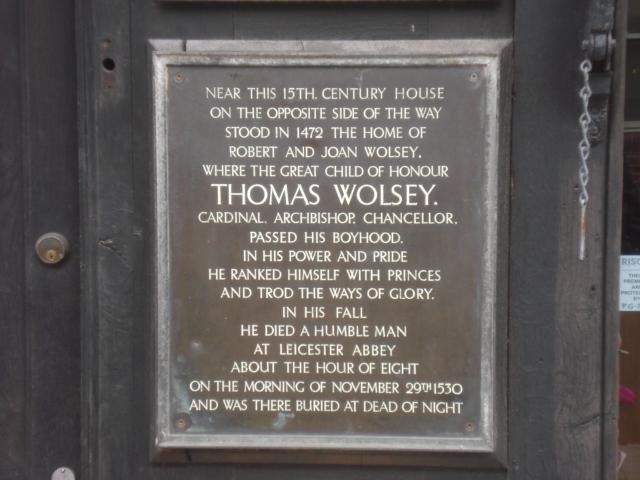 Photo of Joan Wolsey, Thomas Wolsey, and Robert Wolsey black plaque
