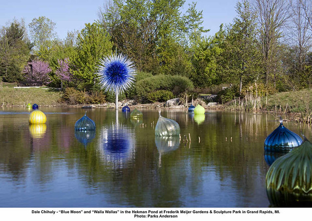 Dale Chihuly Blue Moon And Walla Wallas In The Hekman Pond At Frederik Meijer Gardens