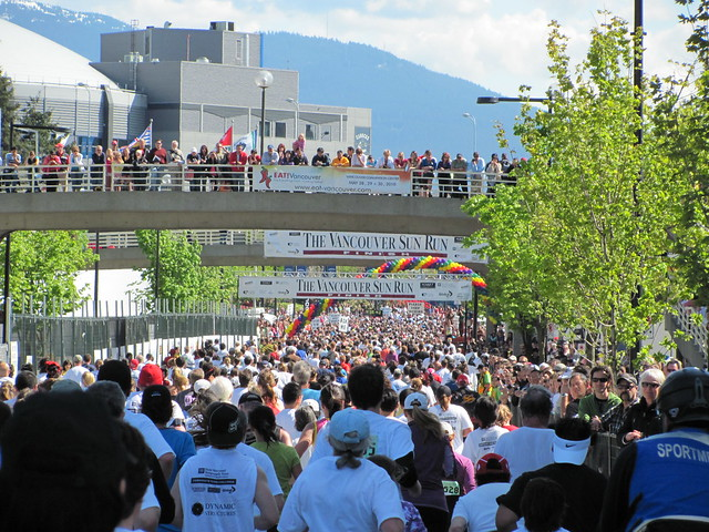 Vancouver Sun Run 2010: Heading to Outdoor Finish