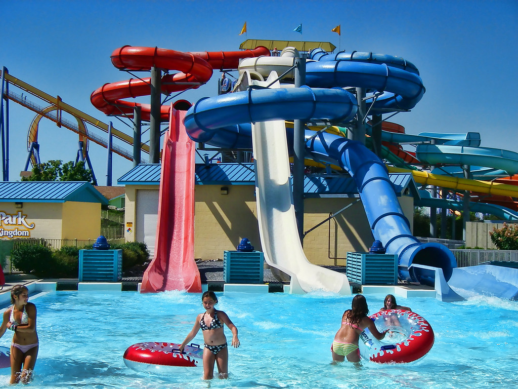 11 Most Astonishing Water Parks In The World