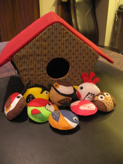 Play birdhouse and felt birds - front view